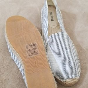 Soludos  never worn